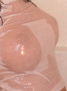 Katie Shows Off Her Big Juicy Tits In A Wet Tshirt - Picture 2